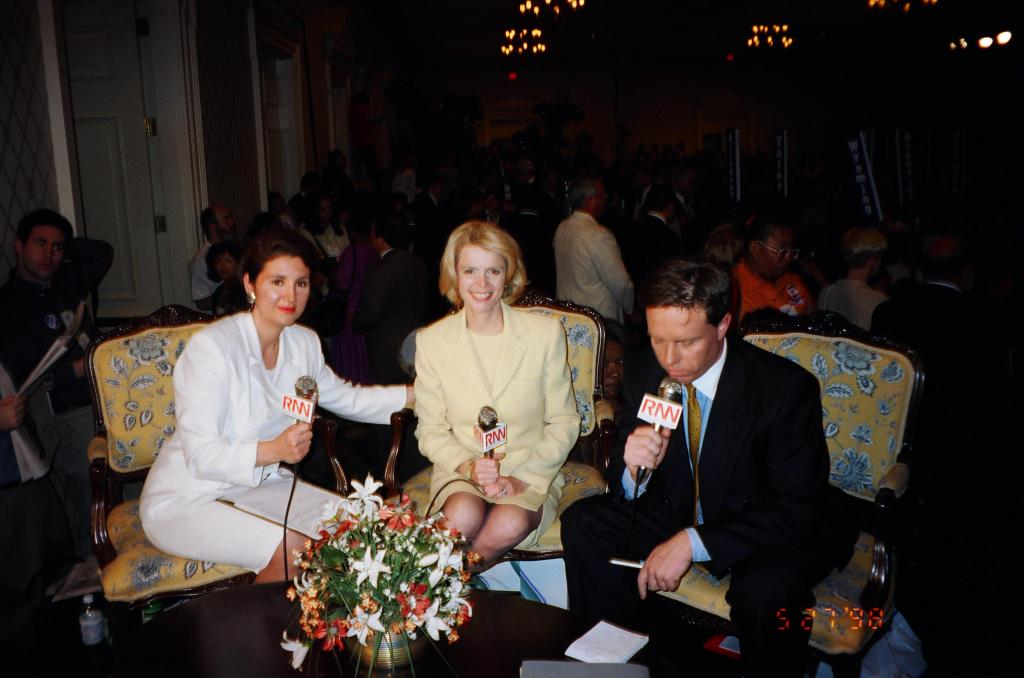 Interviewing former Lieutenant Governor of New York Betsy McCaughey at the Democratic State Convention in NYC, 1998. Seated next to McCaughey is RNN Talk Show Host Richard French. He and I provided live convention coverage together throughout this event.